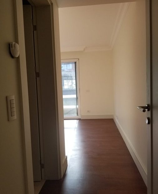 4 Bedroom Apartments For Rent: 4 Bedroom Apartment For Rent Next To Zorlu Mall Istanbul